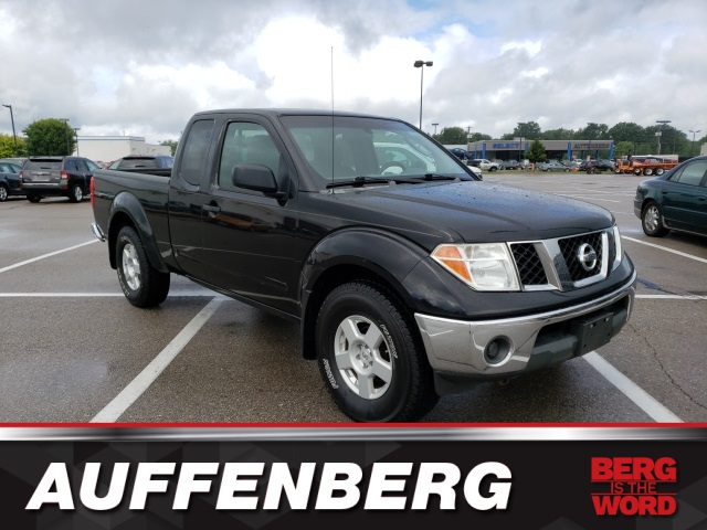Pre-Owned 2005 Nissan Frontier SE
